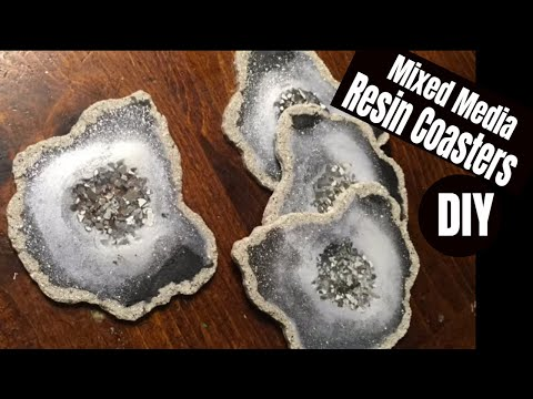 EASY DIY Mixed Media Resin Coasters // Rocky Edges