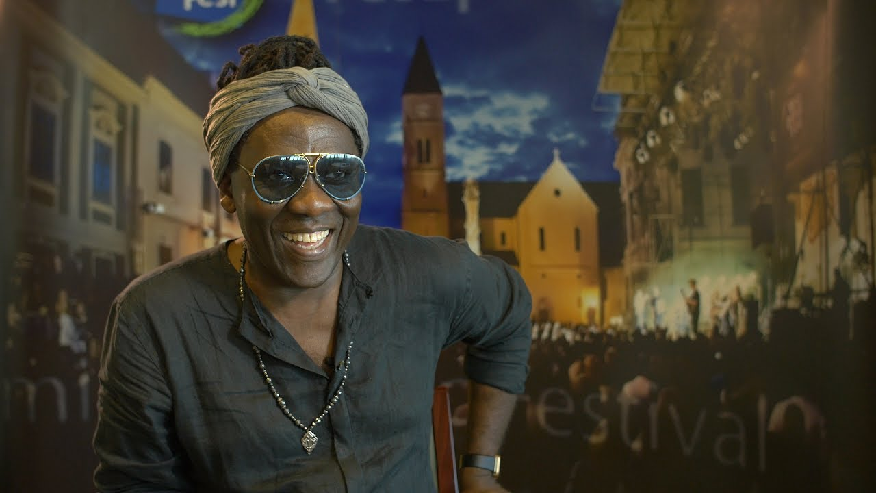VeszprémFest 2017 - Richard Bona and the Mandekan Cubano - Live/Interview