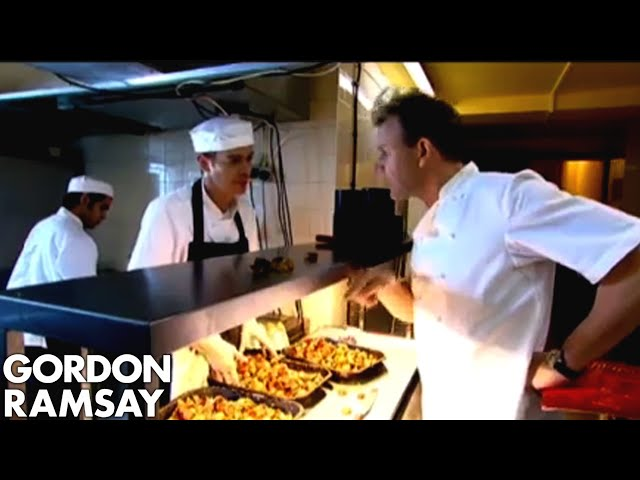 Shocking News When Gordon Returns To Restaurant Kitchen Gordon Ramsay Youtube