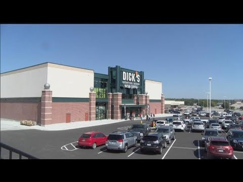 Lincoln gets its first Dick's Sporting Goods
