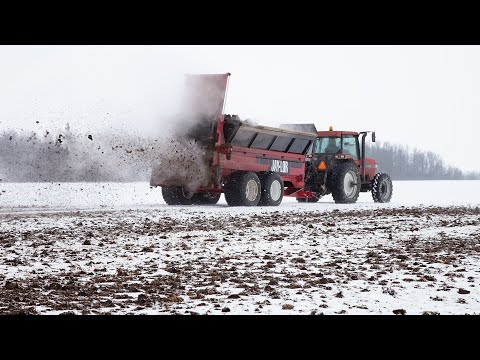 Jaylor M1670 Manure Spreader Demo