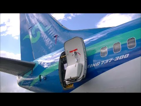 Nauru Airlines 737-300 WALK AROUND and CABIN TOUR At Brisbane Aviation Careers Expo 2016
