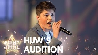 Huw Roberts performs
