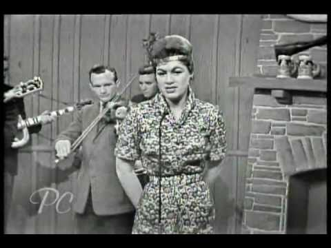❤Crazy  by Patsy Cline- In the memory of this great singer