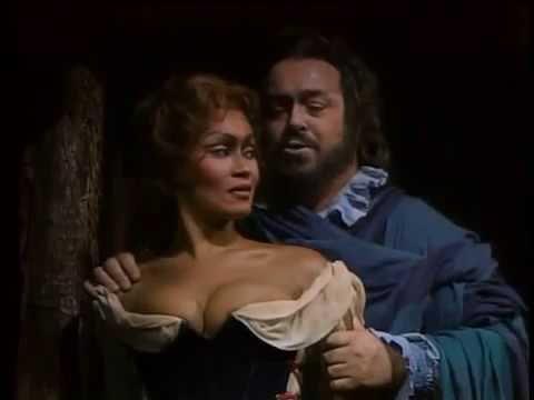 Bella Figlia DellAmore   Sutherland and Pavarotti   Rigoletto Quartet