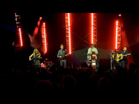 Nickel Creek 2014-08-02 When In Rome