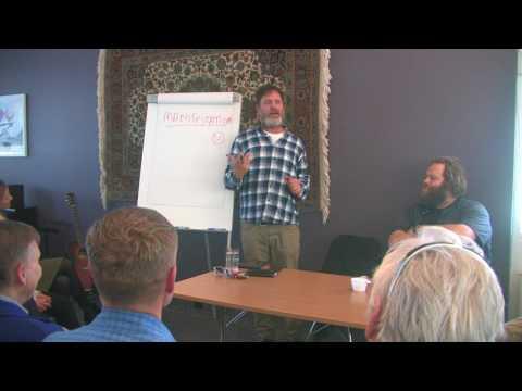 Rainn Wilson talks about Bahá