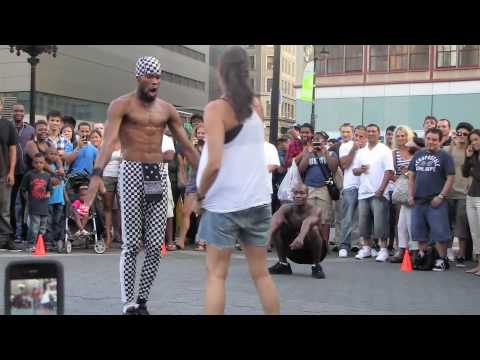 Union Square Park - Crazy Street Performers