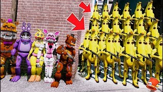 CAN THE ANIMATRONICS DEFEAT THE BANANA ARMY? FORTNITE SEASON 8 (GTA 5 Mods FNAF Kids RedHatter)