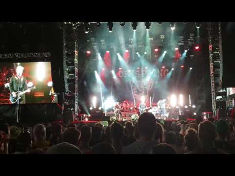 The Offspring perform AC/DC's 'Whole Lotta Rosie' at Good Things Festival 2018 Mp3