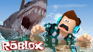 ROBLOX-SHARK ATTACKED ME!! (Roblox Shark Attack)