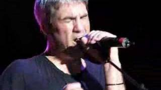 Watch Taylor Hicks The Right Place video