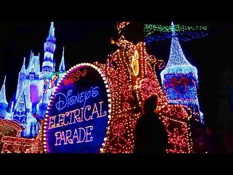 Disney's Electrical Parade | Kinder Playtime Walt Disney World Celebration Trip Vlog Part 9
