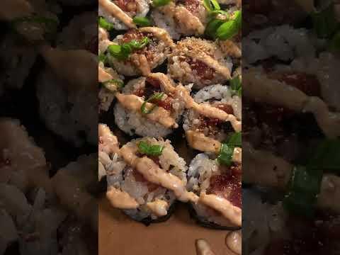 Vegan Spicy tuna 💕 #vegansushi #vegantuna #plantbased #spicytunaroll #vegan