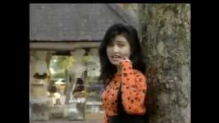 Cintaku Bulat Bulat (Original Video Clip) (Clear Sound)