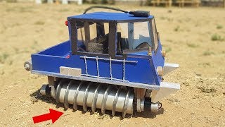 How to Make a Screw Propelled Vehicle