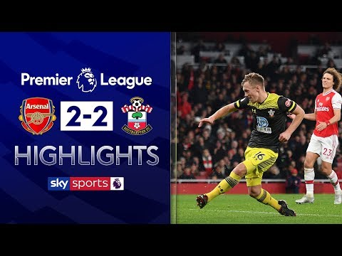 Arsenal booed off despite late equaliser | Arsenal 2-2 Southampton | Premier League Highlights