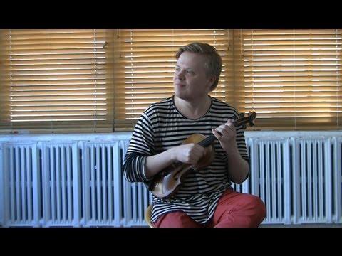 Pekka Kuusisto Performs 'Piupali Paupali' (Finnish folk song)