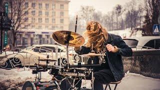 Street musician drummer. Amazing drum solo. Street performers! | Уличный музыкант, барабанщик