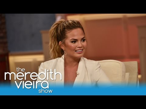 """Chrissy Teigen On Her """"Stretchies"""" 