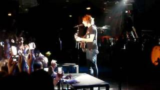All Time Low - Remembering Sunday ( Live @ Trabendo ) [ 16 - 02 - 2010 ]