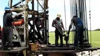 Workover Rig Pulling Rods Bryan Texas 2008