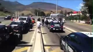 PERSECUCIÓN Y DETENECIÓN DE NORMALISTAS POR POLICÍA FEDERAL