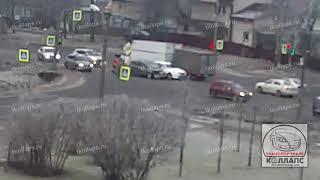 Смотреть видео Авария в Горелово 11.01.20 онлайн