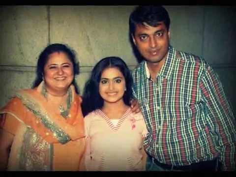 Avika gor real family roli avika with her real life parents