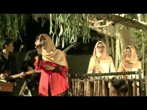 Medley Lagu Daerah by Simpauny Angklung Arr Bayu Prasetya