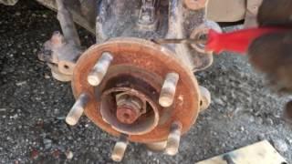 Форд фокус3: снятие и чистка передних тормозных дисков; снятие тормозных колодок. Как снять стойку