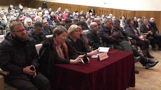 Во время схода в Осиново жители пристыдили депутатов