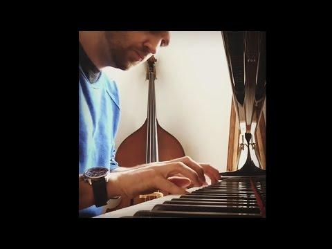 Will Farquarson plays Prelude in E-Minor (op. 28 no. 4) by Frederic Chopin