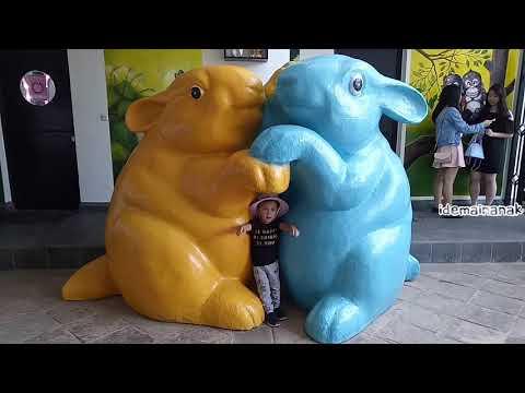 [vlog]-rabbit-town-🐰-bandung-|-wisata-terbaru-keluarga-&-selfie-asik-sekali😄