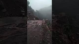 Nh 22 chandigarh to shimla near jabli hvy land slide