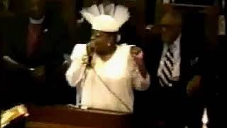 HOW DID DENISE CLARK BRADFORD ACT AT DR. #MATTIE MOSS #CLARK FUNERAL???  [REAL FOOTAGE]