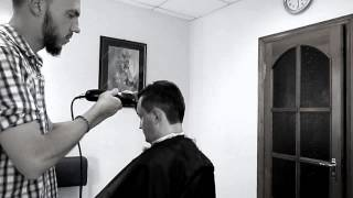 A K Barber (стрижка New hair Old School)