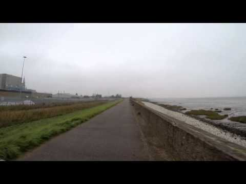 "Cycle along the ""North Wall"" Between Grimsby and Immingham..."