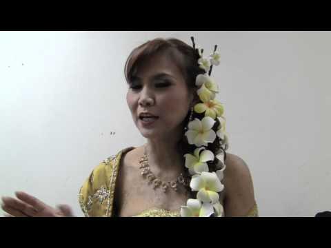 Wat Lao  Alaska  Live Concert  mam parwadee &Panya 2011- 5#20