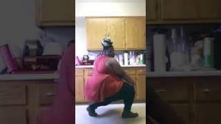 African Lady Crazy Dance