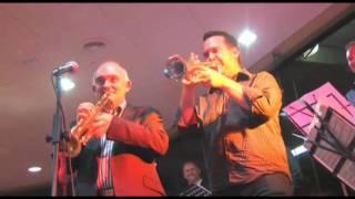 Jazz Musician James Morrison plays Scream Machine live