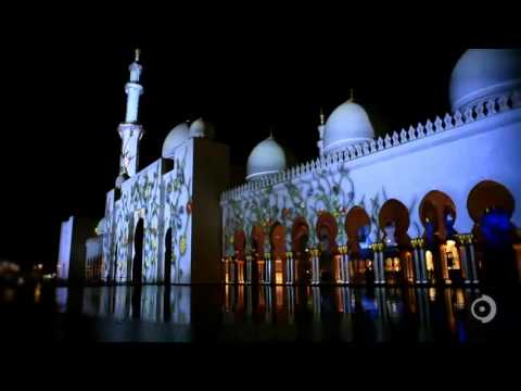 The Sheikh Zayed Grand Mosque Light Show (MESMERIZING)