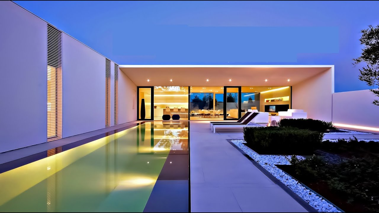 Unique ultra modern italian luxury pool villa in lido di for Villa ultra moderne