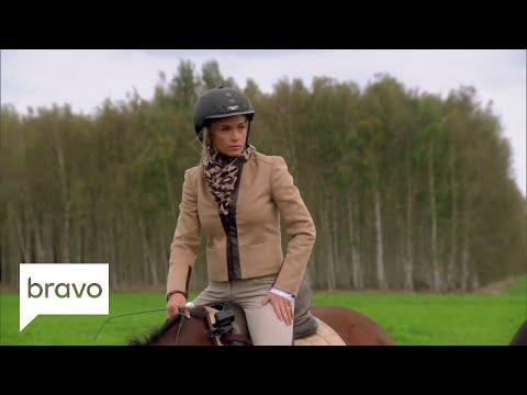 RHOBH: Kyle Richards Suffers a Panic Attack Season 8, Episode 16  Bravo