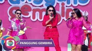 "Download Yang Digoyang Yang!!Rita Sugiarto-Weni DA-Aulia DA ""Hello Dangdut"" - Panggung Gembira Karanganyar"