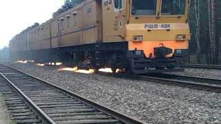 работа рельсошлифовочного поезда на лорогах беларусии