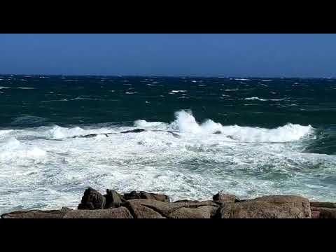 Fortes refachos de vento na Mariña