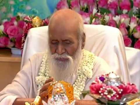 """Love and God"". A Lecture by Maharishi Mahesh Yogi"