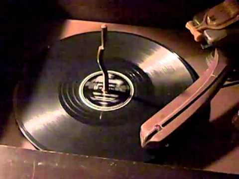 Merry Christmas Polka - Lawrence Welk & His Champagne Orchestra Mercury Records 78RPM 1950