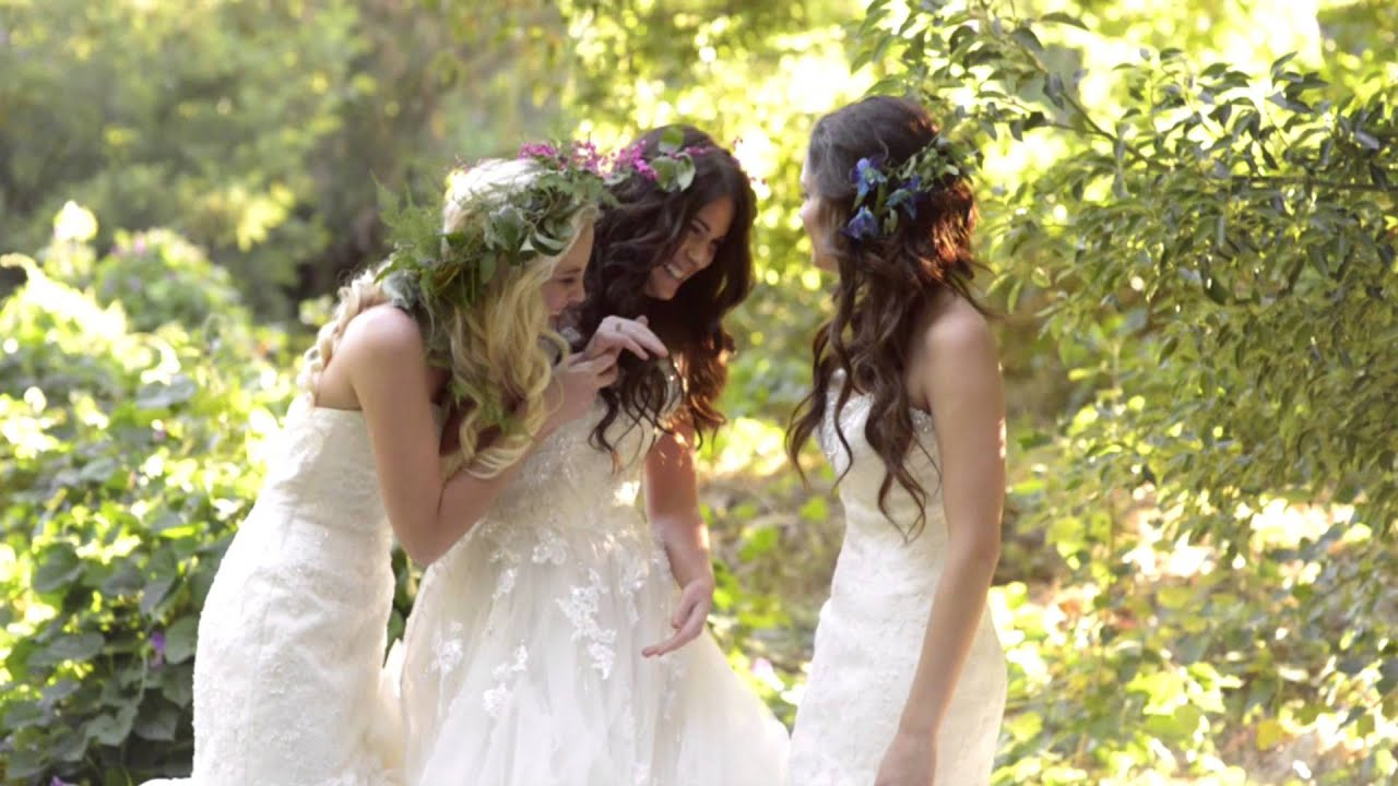 Hairstyle for wedding bridesmaid